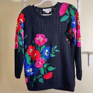 ADRIENNE VITTADINI Black Floral Sweater Sz Medium